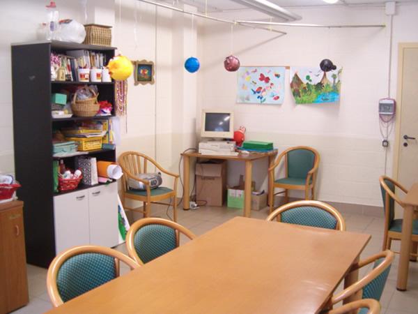 La sala-laboratorio per le attività degli ospiti